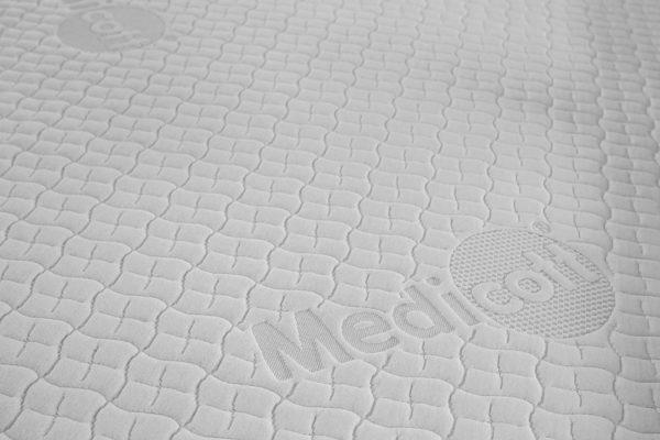 Gaetano Di Napoli - Matratzen | Schaumstoffe | Akustik - Matratzen Showroom Detailansicht Bezug Medicott