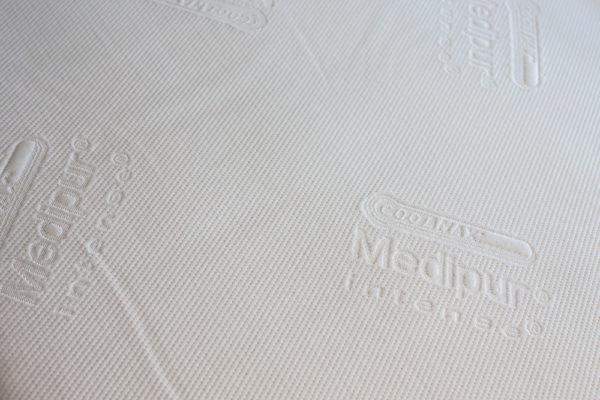 Gaetano Di Napoli - Matratzen | Schaumstoffe | Akustik - Matratzen Showroom Detailansicht Bezug Medipur