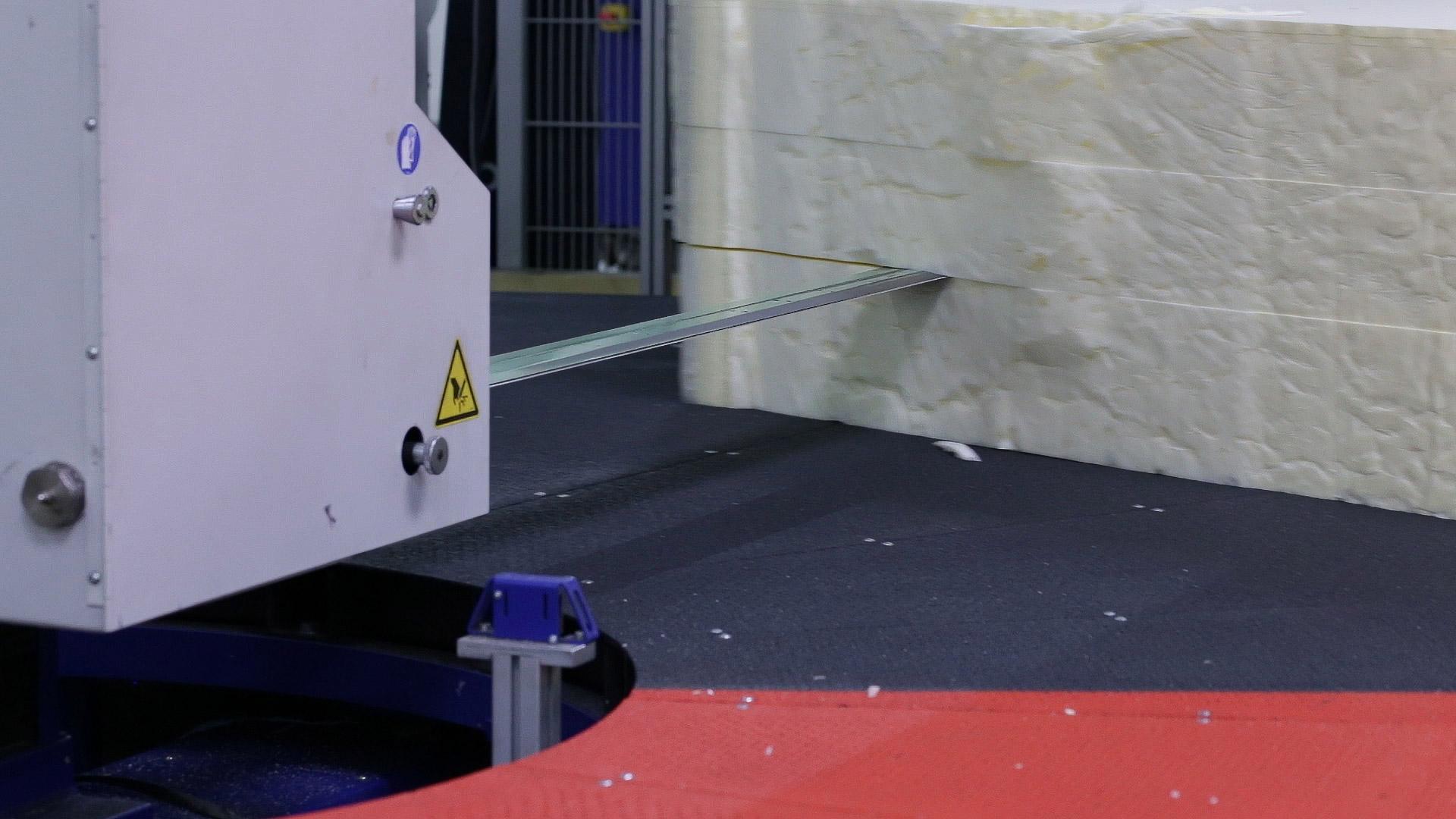Gaetano Di Napoli - Matratzen | Schaumstoffe | Akustik - Zuschnitt von Schaumstoffmatratzen